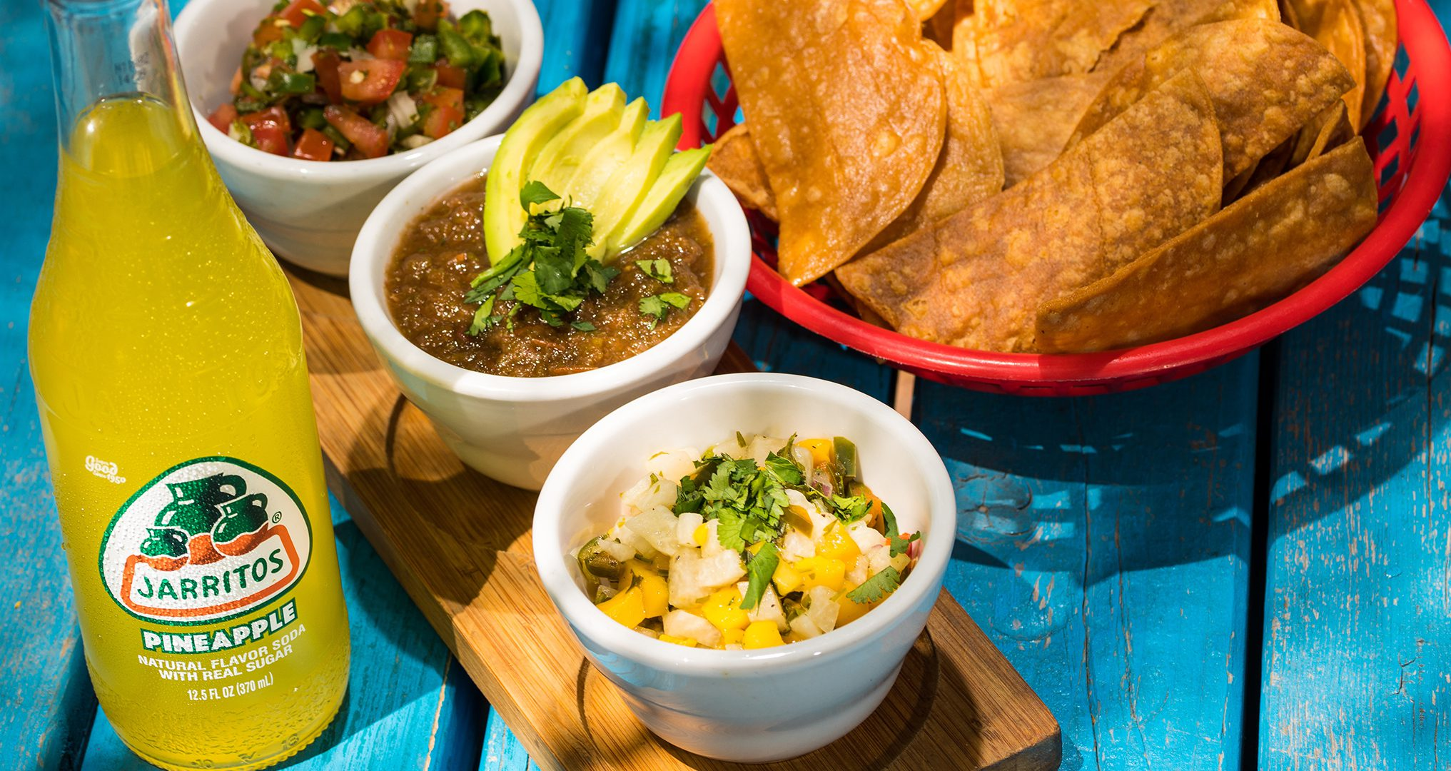 Mango Salsa with chips and drink